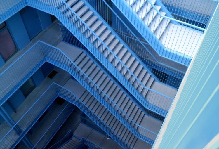 blockchain technology blue room